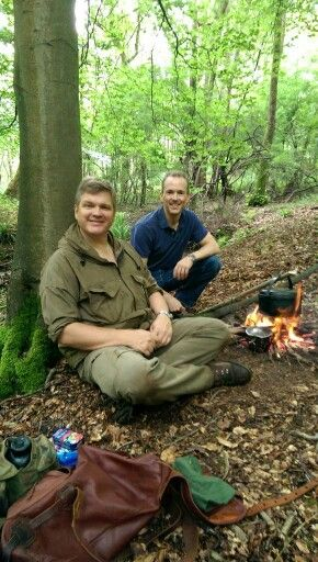 Ray Mears  sc 1 st  Pinterest & 304 best Ray Mears images on Pinterest | Bushcraft Bush craft and ...