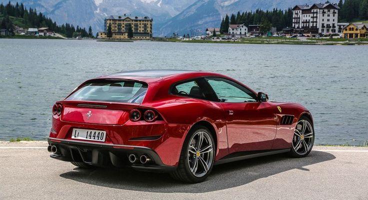 Avec son design représentatif de la marque italienne, cette voiture de sport monte sur la scène du salon automobile deGenève afin de détrôner son prédécesseur 4 places de sa place de prédilection.