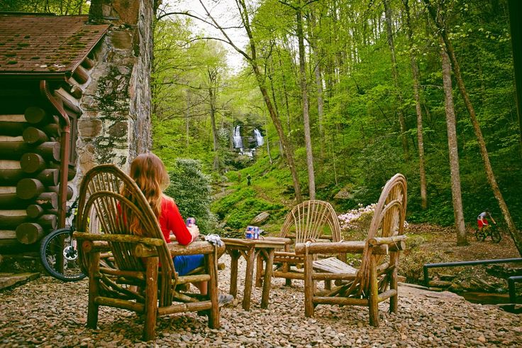 8 Must-Visit Mountain Bike Getaway Resorts. http://www.singletracks.com/blog/mtb-trails/8-must-visit-mountain-bike-getaway-resorts/