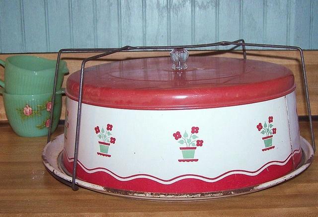 Vintage Red Cake Carrier