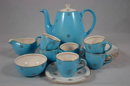 vintage 1950s Alfred Meakin coffee set…….CREAM AND SUGAR ….  OR …       BLACK ???……………ccp