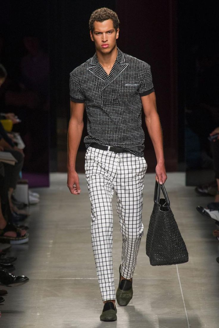 Bottega Veneta S2014 love this look. honestly, i would wear it with a cute pair of tory burch shoes.