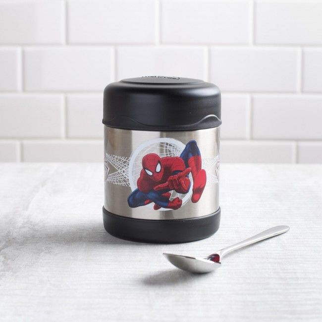 He does whatever a spider can, including eating lunch! The Thermos double wall stainless steel vacuum insulated construction ensures maximum temperature retention for hot or cold food. With a twist on lid and wide mouth opening the funtainer is easy to fill but won't accidentally spill in your lunch bag!