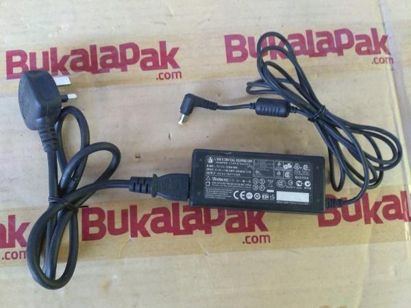 Jual beli bekas normal adaptor ces charger laptop axioo ADAPTOR/ ADAPTER/ CHARGER AXIOO 19V 3.42A ORIGINAL/ ASLI/ solo2 darma di Lapak solo2 darma - solo2. Menjual Charger - bekas normal adaptor ces charger laptop axioo ADAPTOR/ ADAPTER/ CHARGER AXIOO 19V 3.42A ORIGINAL/ ASLI/ - sudah termausk kabel ac listrik ori/asli KAKI 3 untuk sambungannya beli SENDIRI - perhatikan colokan untuk sesuai atau tidaknya dengan perangkat tuan - SELAMA IKLAN MASIH b...