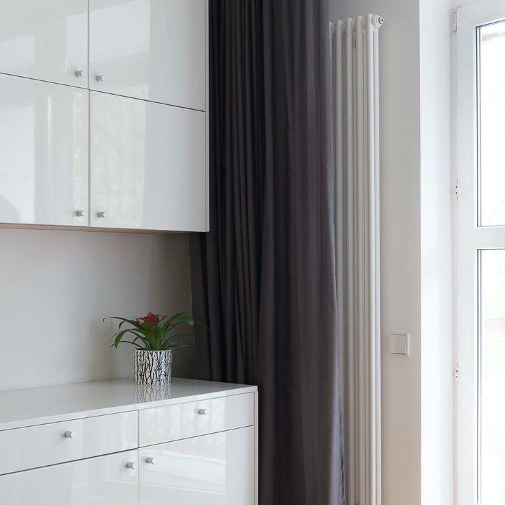 Biuro w domu. Elegancki meble do każdego wnętrza. #interiors #office #homedesign #furniture #office #biuro #wnętrza #projektowanie #architektura #architekt