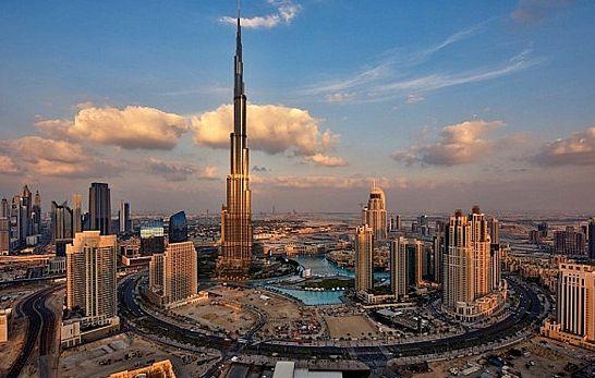 La modernidad es la perfecta unión entre desarrollo tecnológico, sociedad y cultura. El edifico Burj Khalifa demuestra que el futuro es ahora.