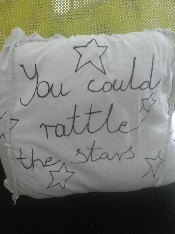 You could rattle the stars- Szklany tron Sarah J Maas...Moja własnoręcznie zrobiona poduszka!!!