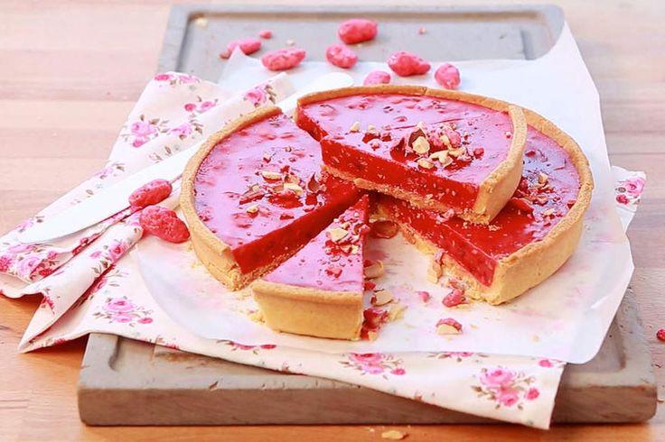 Recette de tarte aux pralines au Thermomix TM31 ou TM5. Faites ce dessert en mode étape par étape comme sur votre Thermomix !