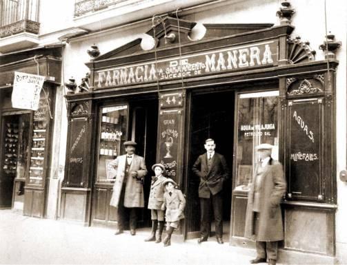 Farmacia Manera, en el Barrio de Salamanca, Madrid, 1905