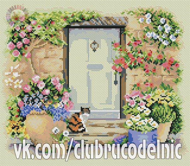 Garden door kitty