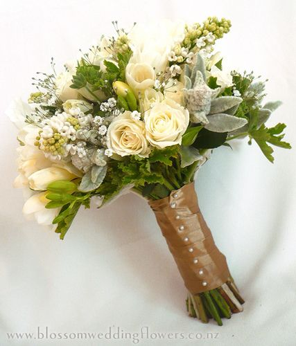 garden-picked-flowers | Bridesmaid's Bouquet using cream fre… | Flickr