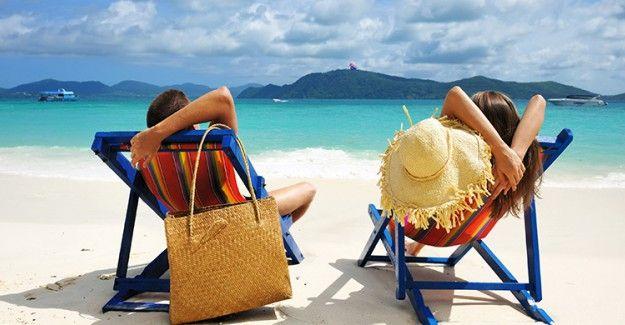 """Plaj Çantasında Mutlaka Bulunması Gereken Eşyalar!  """"Plaj Çantasında Mutlaka Bulunması Gereken Eşyalar!"""" http://fmedya.com/plaj-cantasinda-mutlaka-bulunmasi-gereken-esyalar-h50341.html"""