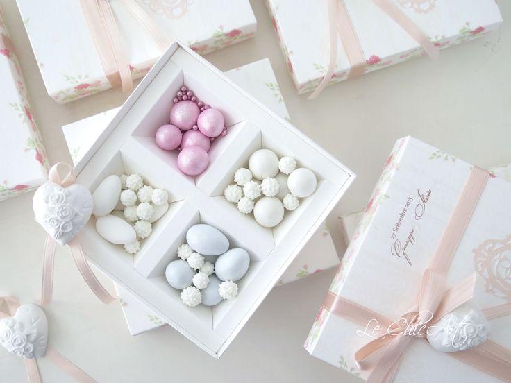 Wedding in Retrò: bomboniera con perle d'amore..i gessetti non sono di nostra fornitura.