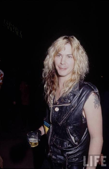 Дафф МакКаган - эпизоды из жизни / Состав Guns N' Roses / Сольное творчество участников