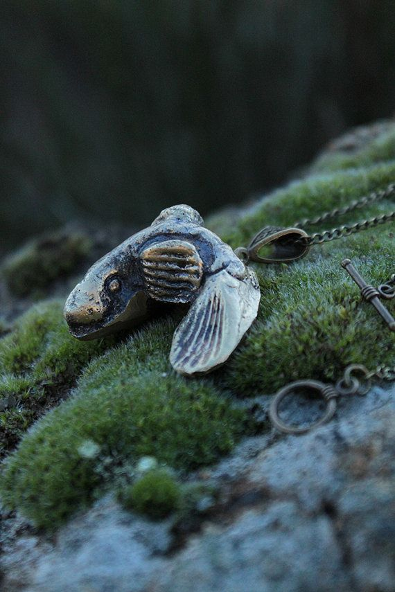 Murena solid brass pendant