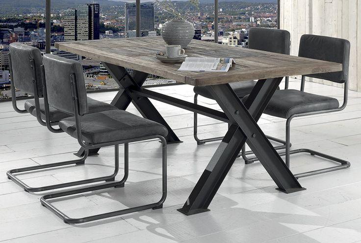 Table industrielle WESTLOCK Plateau en orme recyclé Pied en fer vieilli / de chez Cocktail Scandinave