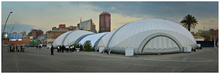 The PEANUT double dome - 940m2 of amazing, unobstructed internal space. No poles, trussing or rigging... just air!
