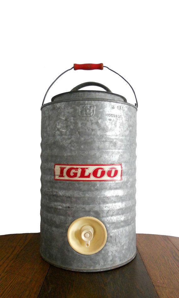 Vintage igloo cooler galvanized steel red logo and red - Igloo vintage ...