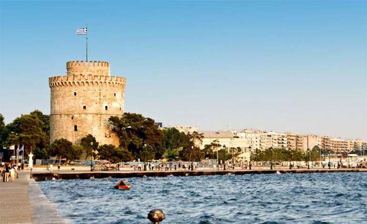 """Yunanistan Selanik ünlü bir yazarın da dediği gibi """"İstanbul'un kızı, İzmir'in kız kardeşi"""" diye tanımladığı Selanik, çok özel bir şehir. SelanikYunanistan'ın en büyük ikinci kentidir. Selanik şehri Osmanlı ve Bizans imparatorluklarının da en çok önemsediği şehirlerdendi.   #Balkan #balkanlar #Selanik #Selanik ataturkkun evi #Yunanistan Selanik #Yunanistan Selanik gezlilicek yerler #Yunanistan Selanik nerede"""