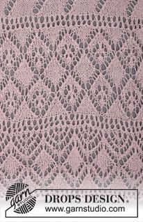 "Savannah Stroll - Knitted DROPS shawl with lace pattern in ""Lace"" or ""BabyAlpaca Silk"". - Free pattern by DROPS Design"