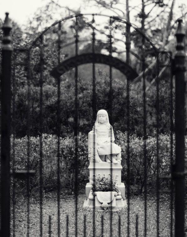 Bonaventure Cemetery haunted? Look it up.