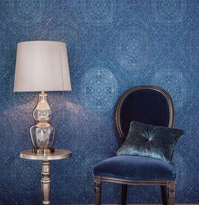 синие роскошные обои с овальными медальонами Khroma Aida