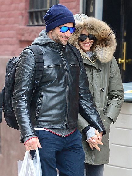 Bradley Cooper and Irina Shayk Keep Things Hot on a Chilly Day with Sweet PDA http://www.people.com/article/bradley-cooper-irina-shayk-photo-pda