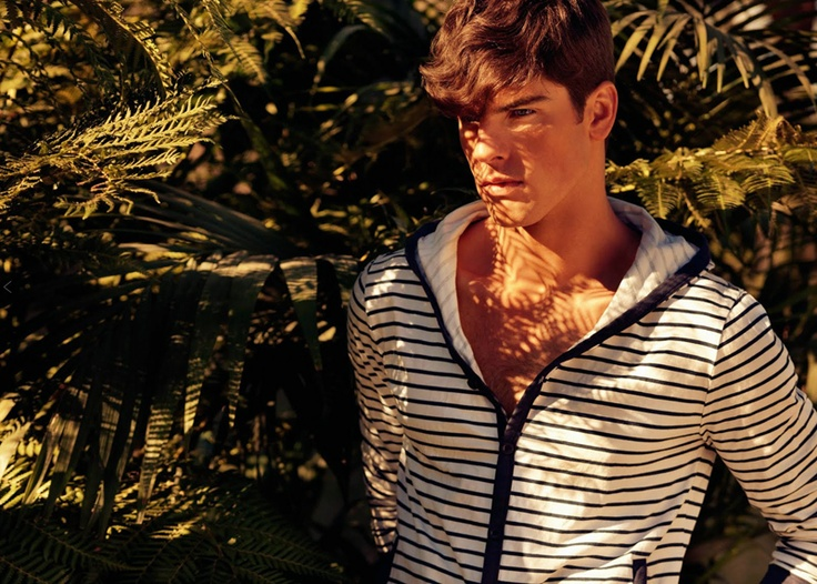 Striped hoody.: Men Clothing, Smart Assi, Preppy Men, Men Fashion, Real Men, Men Clothes, Men'S Clothes, Bit Smart, Man Style