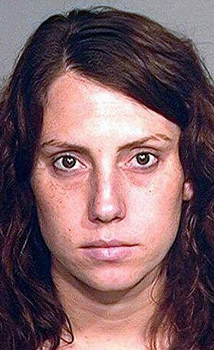 Professora americana engravida de aluno e pode passar 29 anos na prisão - Notícias - R7 Internacional