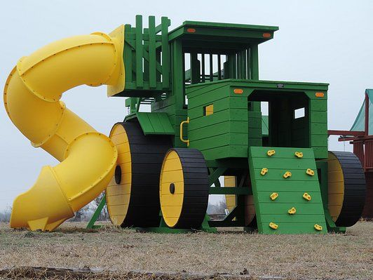 John Deere Tractor Play Set With Rock Wall And Yellow Tube Slide