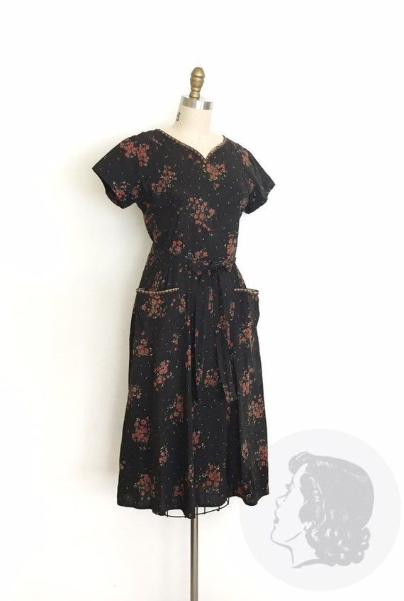 Small 1940s Wrap Dress