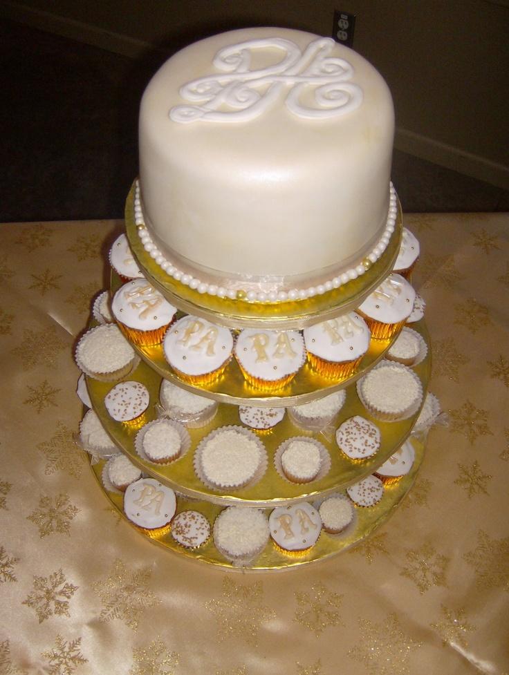 Colour Flowe Monogram Wedding Cupcake Cake Bodorrio
