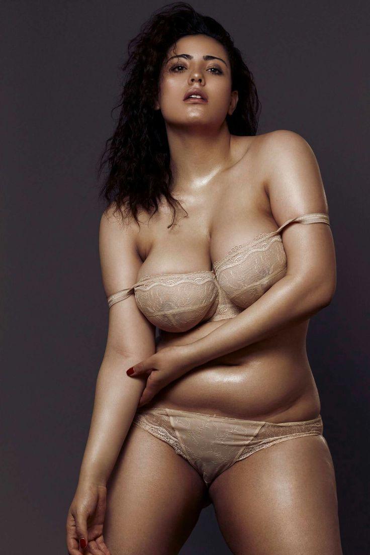 all-naked-plus-size-female-models