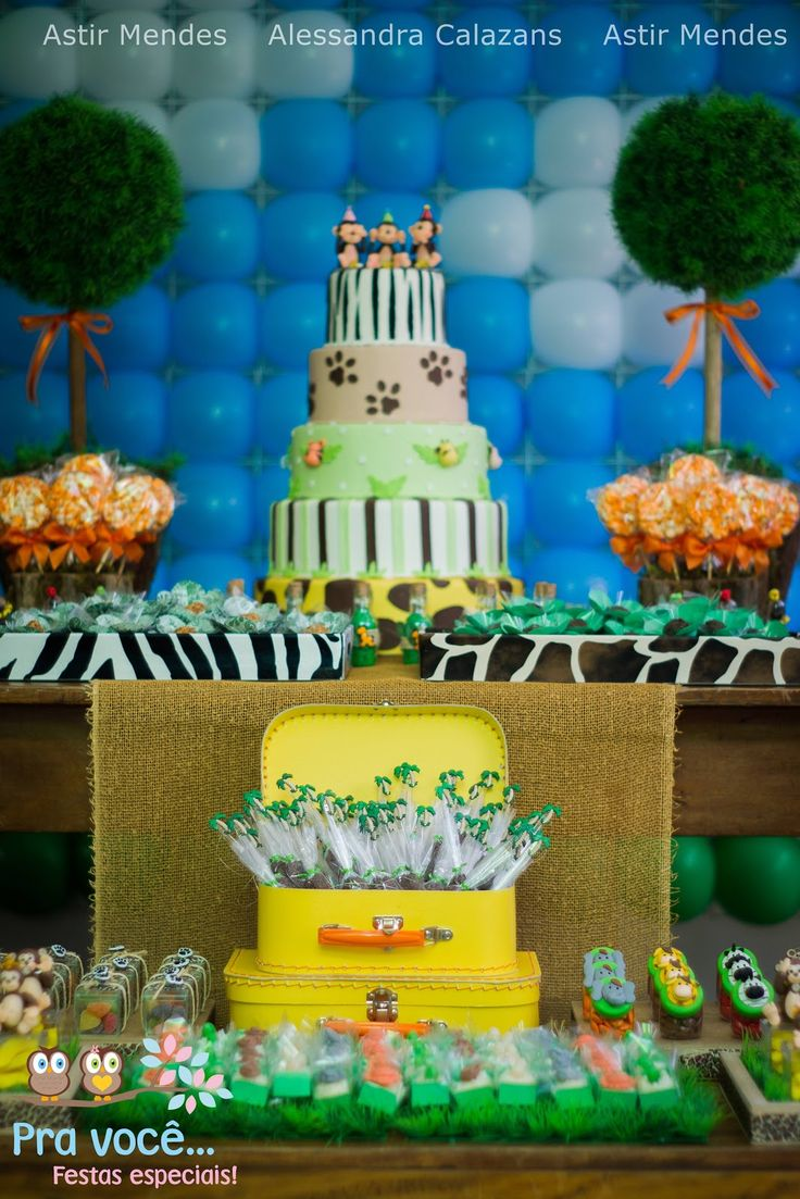 Muitos pedidos, para que o blog encontrasse uma festa bem linda, com o tema   Safari ThemeKids PartRecipiesFood CakesPartiesIdeas