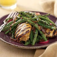 Hot-Sauce Chicken with Grilled Green BeansGrilled Green Beans, Summer Meals, Chicken Thighs, Rachel Ray, Green Beans Recipe, Rachael Ray, Mr. Beans, Hot Sauces Chicken, Dinner Recipe