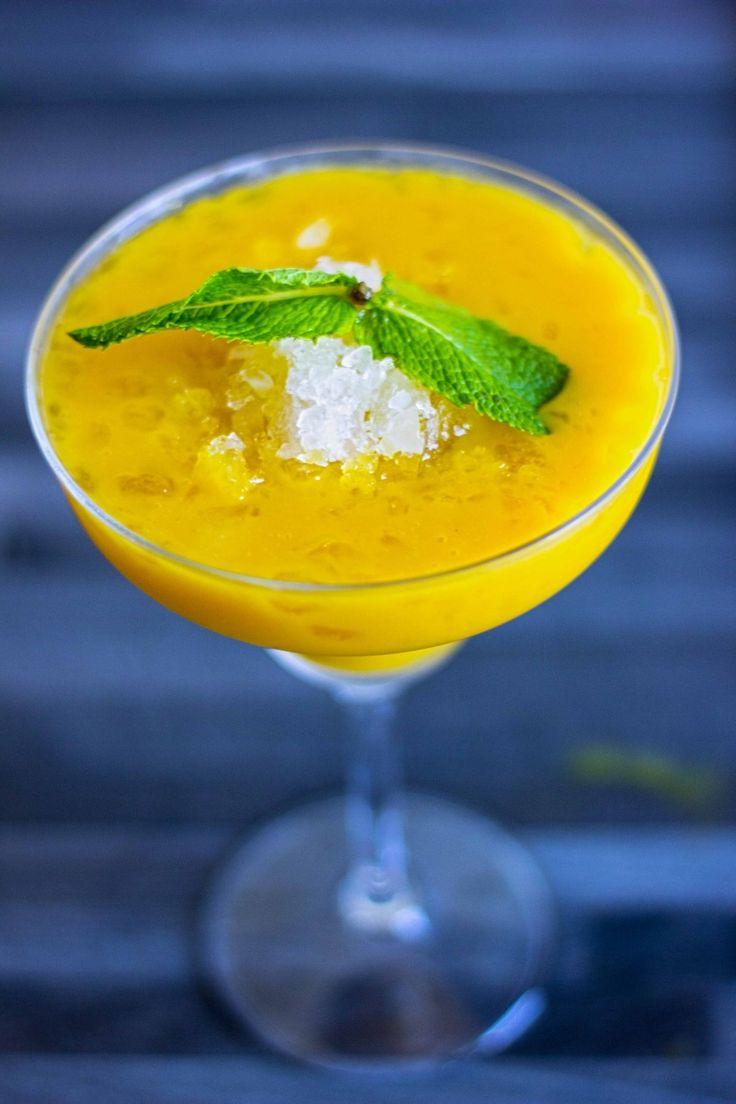 Voglia di qualcosa di fresco? Margarita frozen al mango, ottimo anche come cocktail analcolico #ricetta  http://winedharma.com/it/dharmag/giugno-2015/ricette-cocktail-margarita-frozen-al-mango