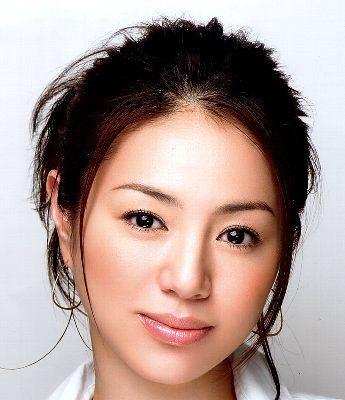 CMで魅せる井川遥の美メイク