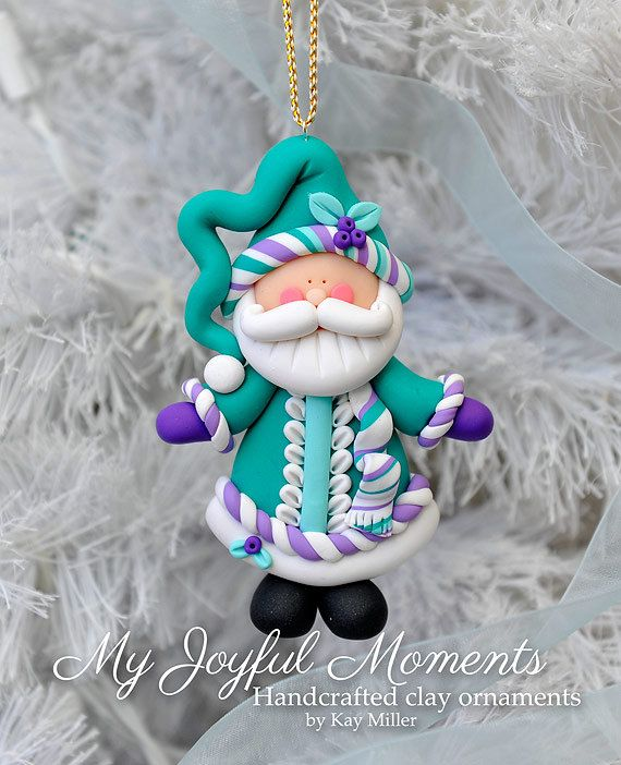 Handcrafted Polymer Clay Santa Claus Ornament von MyJoyfulMoments