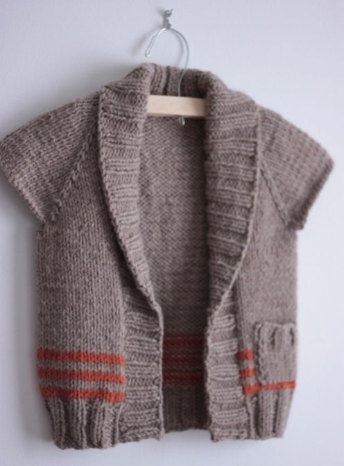 Free Sweater Knitting Patterns Circular Needles : The 318 best images about ? Circular Needles ? on Pinterest Knit cowl, Free...