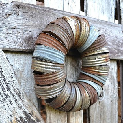 Repurpose jar lids to wreath by Funky Junk Interiors, featured at @totgreencrafts