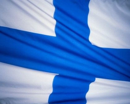 Finland shares a long border of 816 miles with Russia, 453 miles of border with Norway, and 364 miles of border with Sweden.