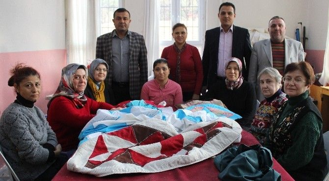 Manisa'nın Alaşehir ilçesinde eğitim-öğretim veren Beşeylül İlkokulu'nda