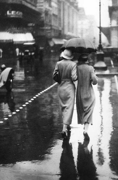 A walk in the rain.. (Paris 1934)-photography...can't wait to walk in the rain with Jess<3