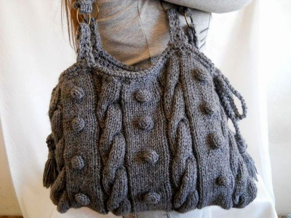 I don't knit, but if I did, this would be my knit bag :) love it