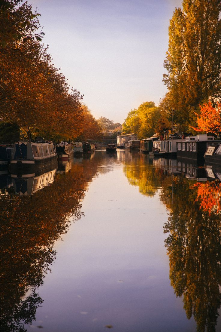 Little Venice, London With the light dancing on the water, the breeze in the trees and that golden sunlight painting the sky. Autumn Photography, London Photography, Travel Photography, England Ireland, London England, Best Places To Travel, Places To See, Little Venice London, Rio