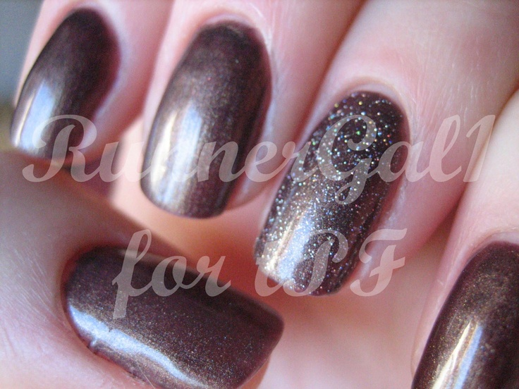 ACG Eccentric with Gelish Vegas Nights Accent