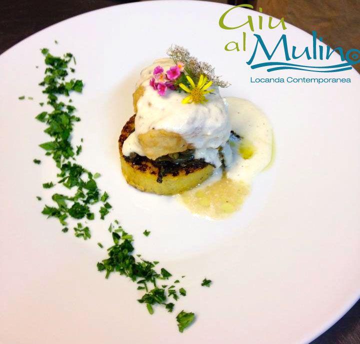 Filetto di Baccalà fritto su zoccolo di polenta arrosto, con cime di rapa e fonduta di pecorino. #buonappetito!