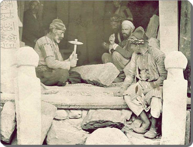 Mezar taşı ustaları - 1900 ler