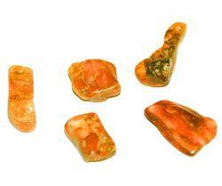Propriétés et vertus de l'ambre en lithothérapie : appliquer au chakra de la gorge et au chakra du plexus solaire pour soulager l'asthme, la bronchite, les maux de dents des enfants.