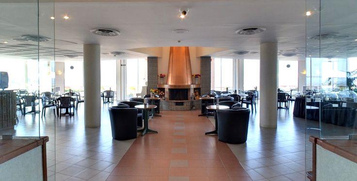 Ristorante dell'Hotel Bel 3. Via Ruffo Calabria, 20, Palermo Tour virtuale: https://maps.google.it/maps?q=Hotel+Bel+3,+Via+Ruffo+di+Calabria,+Palermo,+PA&hl=it&ll=38.112464,13.295667&spn=0.008931,0.021136&sll=38.112342,13.295753&layer=c&cid=3334862782031582015&panoid=5E8tTUXiynMAAAQIt8HXMQ&cbp=13,325.33,,0,-0.09&gl=it&t=h&cbll=38.112464,13.295667&z=16